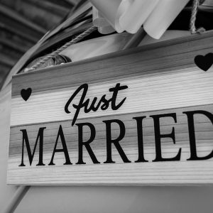 married-1937005_1280